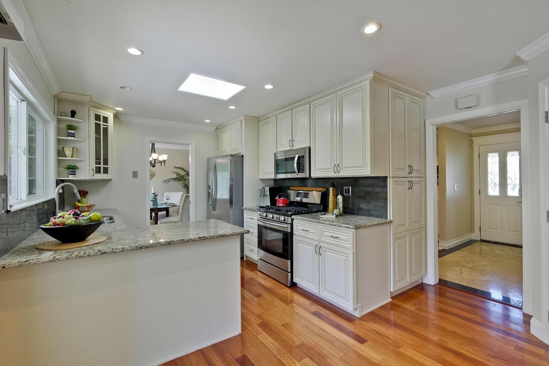 820 Colleen Dr San Jose CA-large-024-37-Kitchen-1500x1000-72dpi