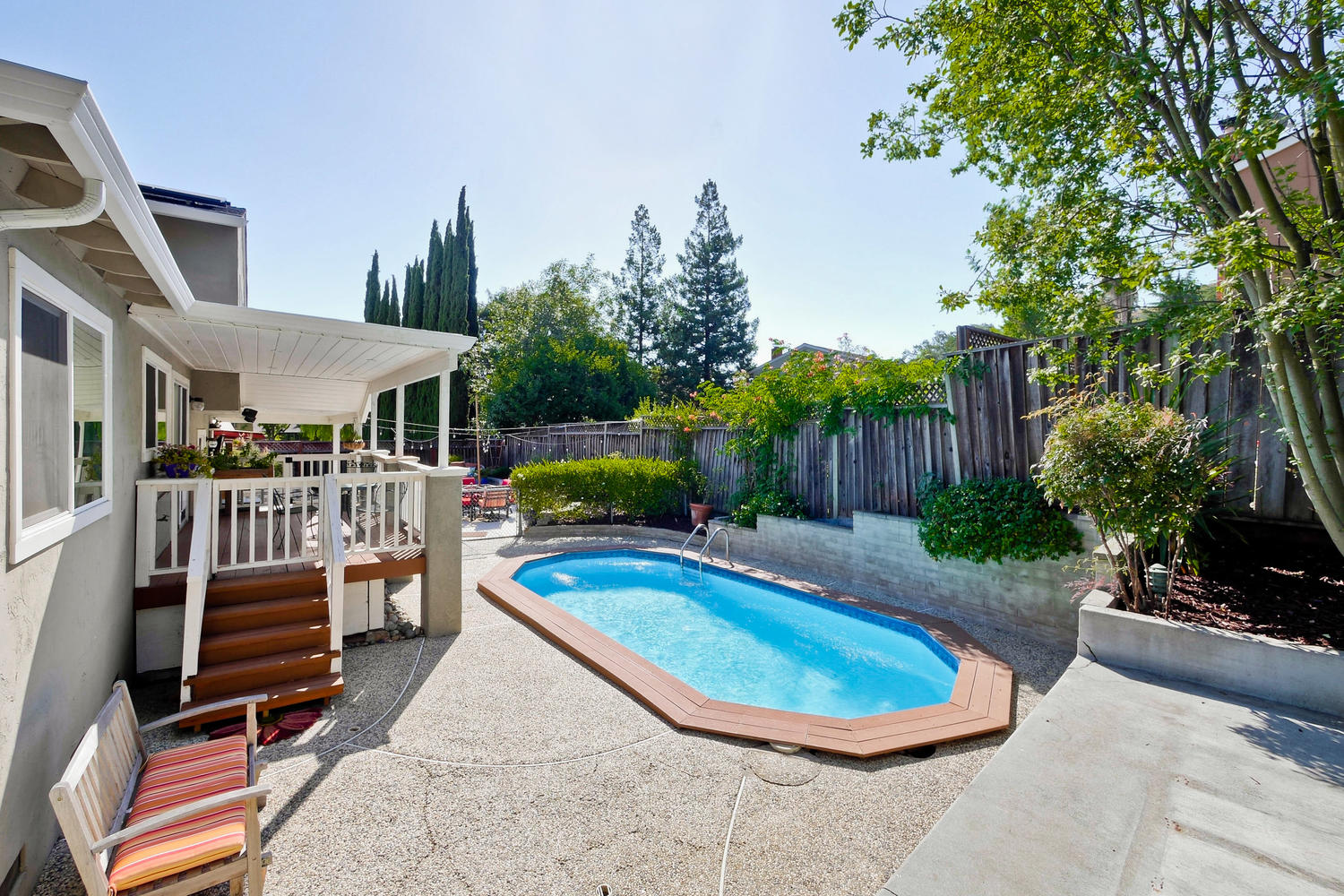 820 Colleen Dr San Jose CA-large-063-7-Entertainers Backyard with-1500x1000-72dpi