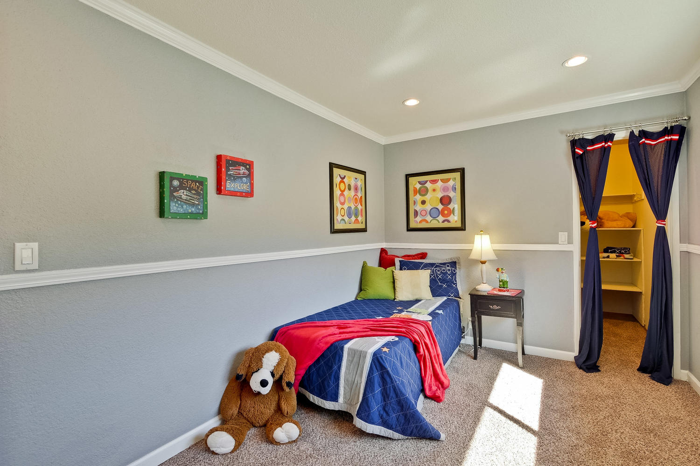 820 Colleen Dr San Jose CA-large-048-71-Bedroom-1500x1000-72dpi
