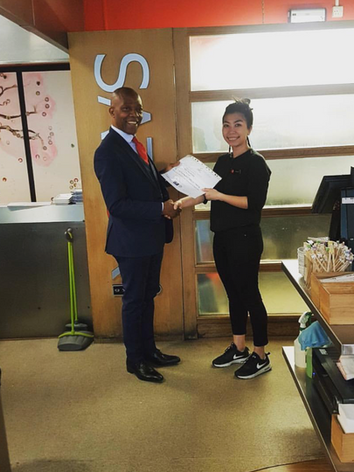 Candidate recieving certificate