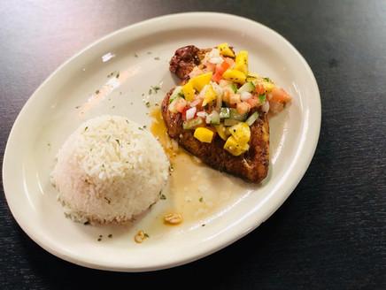 Tropical Chicken - Braised chicken with mango sauce  Pollo Tropical con salsa de mango