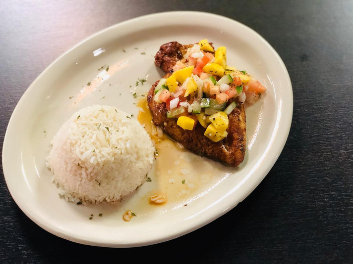 Tropical Chicken - Braised chicken with mango sauce  Pollo Tropical con salsa de mango