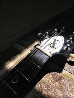 Gibson V