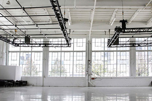 Parlay Studios.......... 1200 Seated /5000 Cocktail
