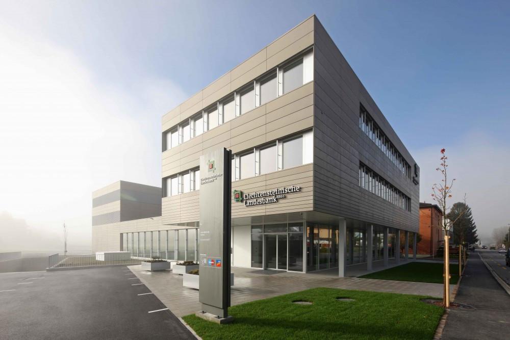 Gewerbegebäude Eschen