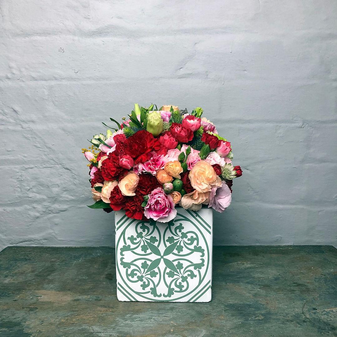 accubak dutch D12.5_12.5cm flowers close