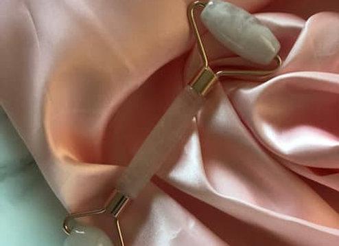 Rose Quartz Face Roller