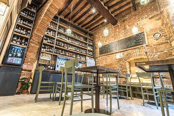 Enoteca wine bar a Montepulciano