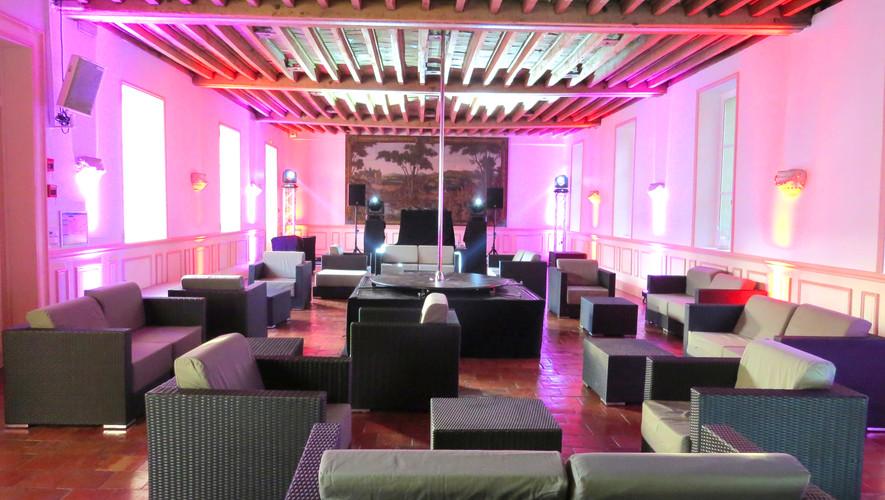 Ambiance lounge dan sle Salon Ouest.JPG