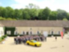 Photo de groupe dans la cour d'Honneur