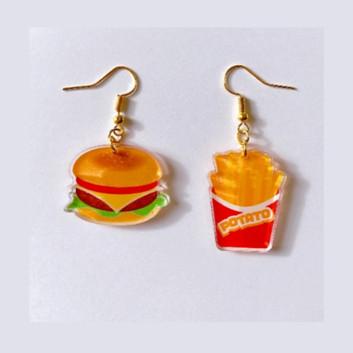 No.3 ハンバーガーとポテトのピアス 正面
