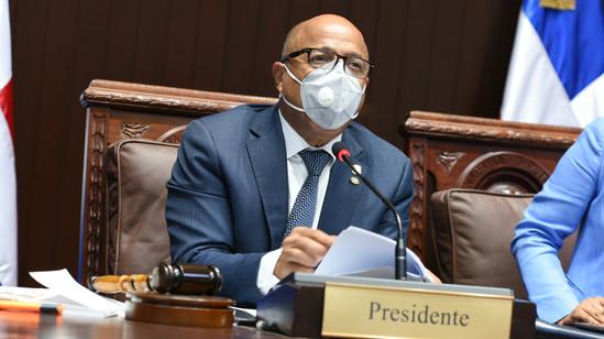 Diputados aprueban a unanimidad reconocimiento a la doctora Milagros Ortiz Bosch