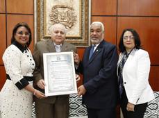 Cámara de Diputados reconoce a UCNE, Diócesis de SFM y al humanista Reynaldo Almánzar