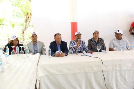 Diputados y funcionarios de Autoridad Portuaria buscan reabrir Puerto Duarte en Samaná