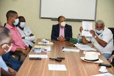 Comisión de Medio Ambiente y Recursos Naturales de la CD recibe a pescadores de Golfo de la Flecha
