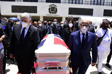 Congreso Nacional rinde honores al merenguero Johnny Ventura