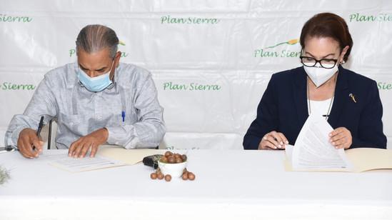 Diputados se trasladan a La Sierra a dar seguimiento a programas medioambientales de Plan Sierra