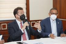 Diputados y funcionarios analizan propuestas de modificación a ley de competitividad e innovación in
