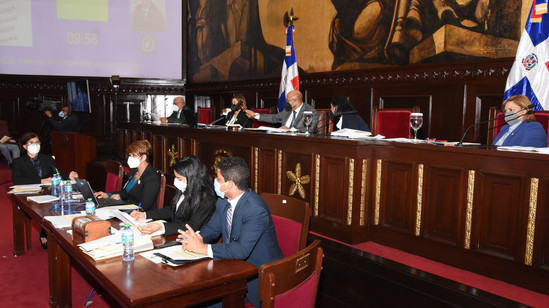 Diputados contra privatización del Instituto Nacional de Cáncer