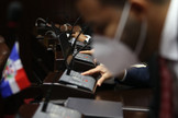 Diputados convierten en ley la prohibición de matrimonio entre menores de 18 años