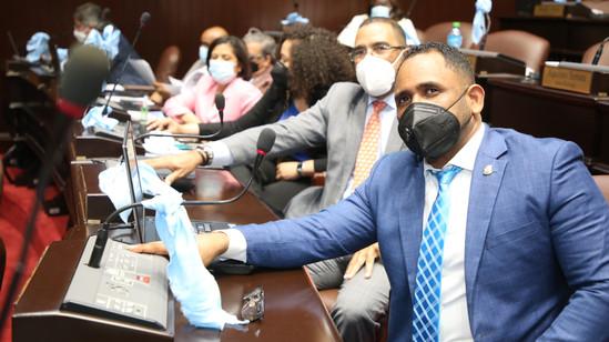 Diputados aprueban en segunda lectura proyecto de ley transitoria para terminar obras inconclusas