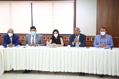 Comisión de Hacienda de la CD recibe Viceministra de Crédito Público