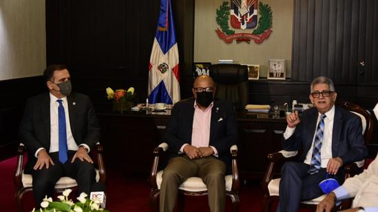 Pacheco recibe del Gobierno el proyecto de Ley de Presupuesto General del Estado para el año 2022