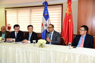 Diputados reciben delegación de Asamblea Popular Nacional de China