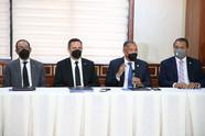 Diputados se reúnen con presidente Consejo del Poder Judicial