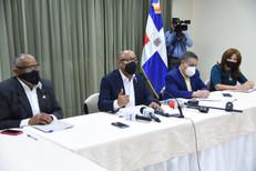 Alfredo Pacheco se reúne con presidentes de comisiones de la Cámara de Diputados