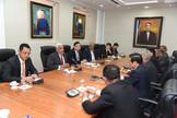 Radhamés Camacho recibe visita delegación Partido Comunista de Vietnam