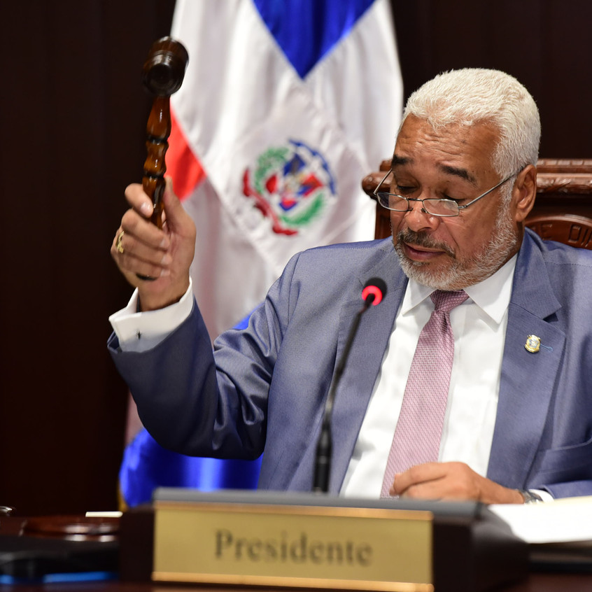 www.eldiputado.org