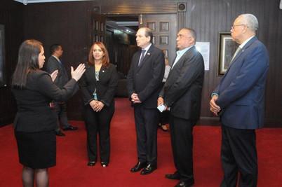 Embajador de Israel recorre instalaciones del Congreso Nacional