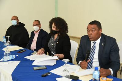 Comisión de Deportes de la Cámara de Diputados realiza descenso en Complejo Deportivo Los Trinitario