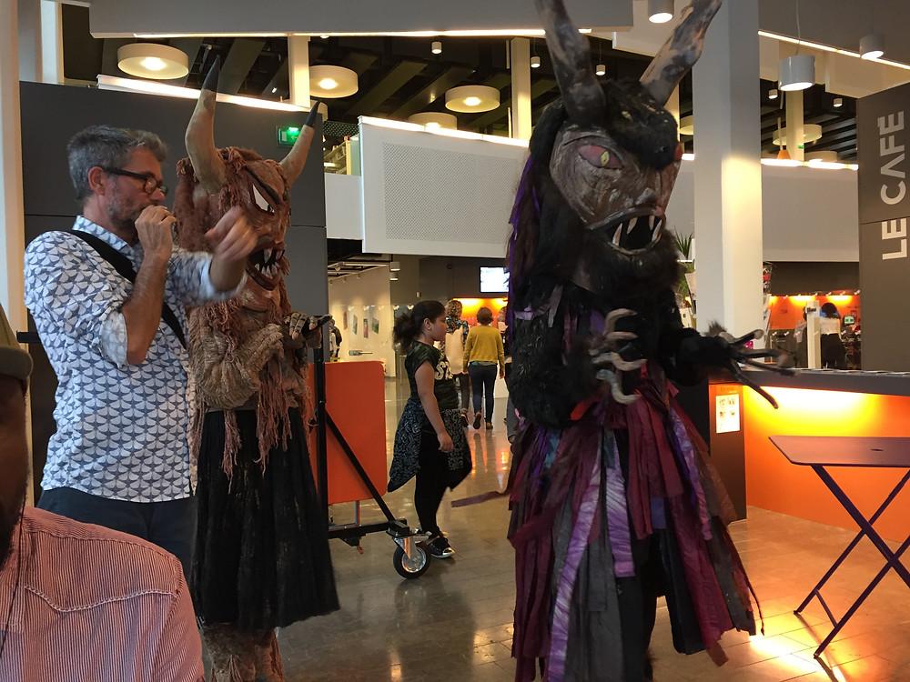 Dans le cadre du lancement de saison de la médiathèque de Bron, Les Transformateurs débarquent avec ses monstres