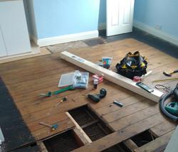 S7 Handyman floor fitting