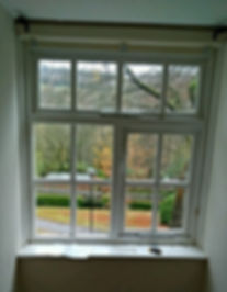 S7 Handyman hanging blinds