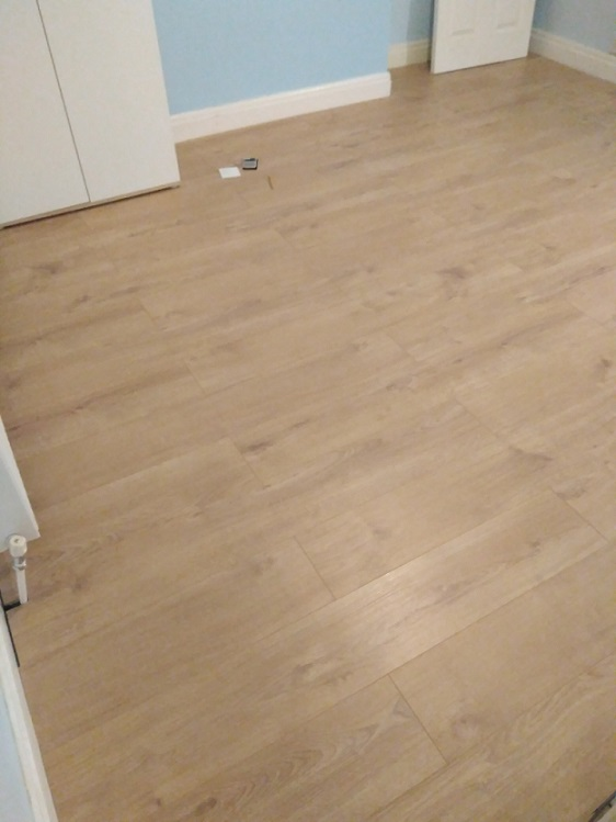 S7 Handyman laminate floor fitting