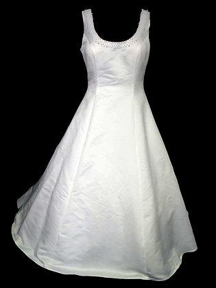 Gloria Vanderbilt - Size 12