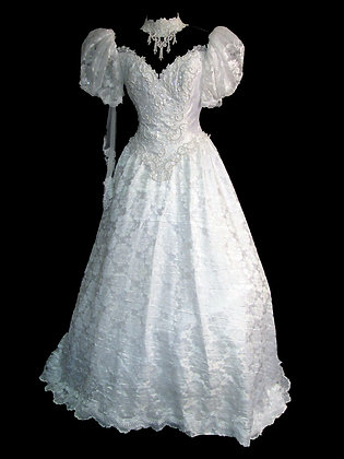 Vintage Sweetheart Gowns - Size 10