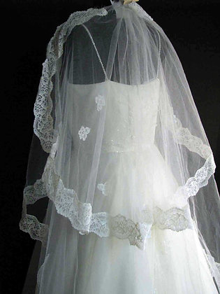 2-Tier Veil or Train