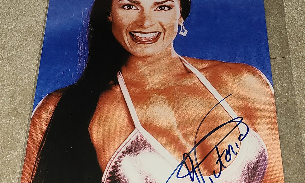 Victoria - WWF / WWE - Autographed  8×10