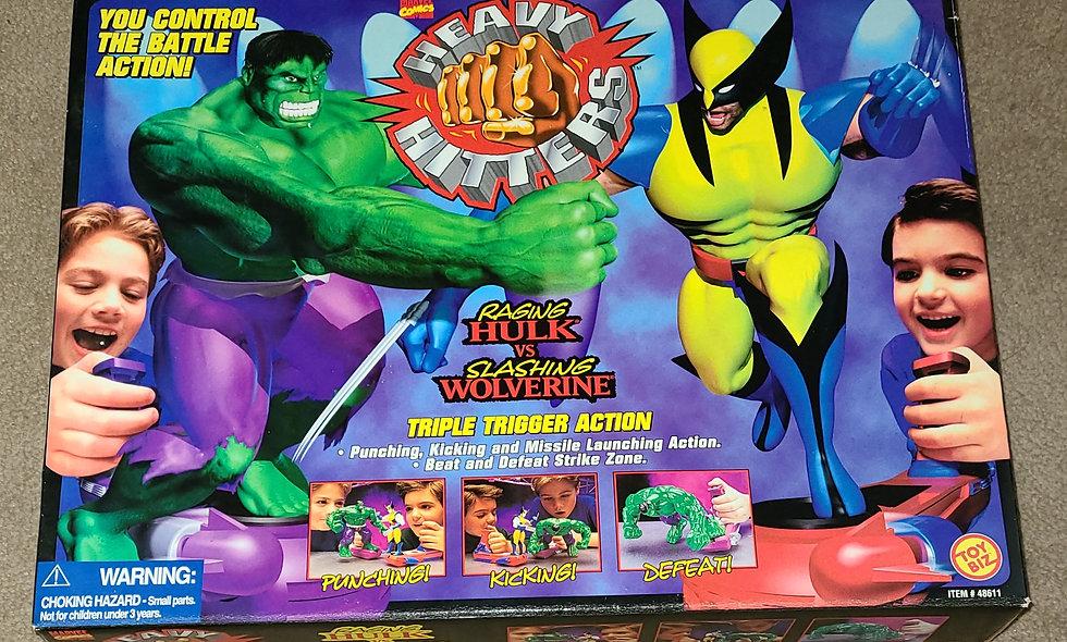 Marvel : Heavy Hitters - Raging Hulk vs Slashing Wolverine : ToyBiz 1996