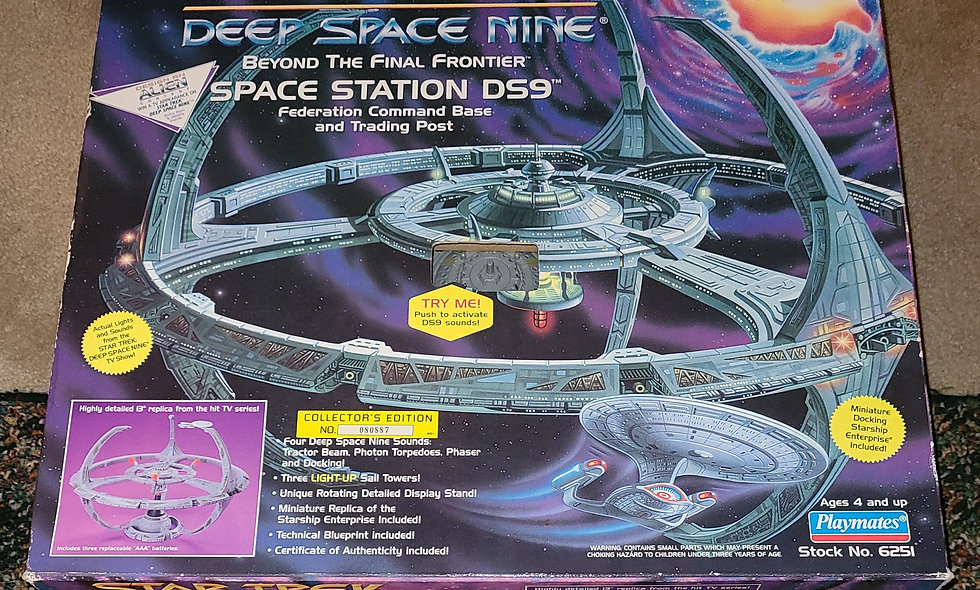 Star Trek : Deep Space Nine - Space Station DS9 - Playmates *Open Box