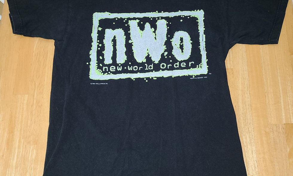 *Preowned  - NWO (Green Logo) T-Shirt Size L **Worn Tag