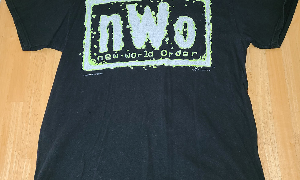 *Preowned  - NWO (Green Logo) T-Shirt Size L