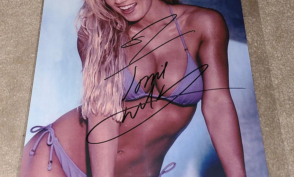 Torrie Wilson - WWE / WWF - Autographed 8×10