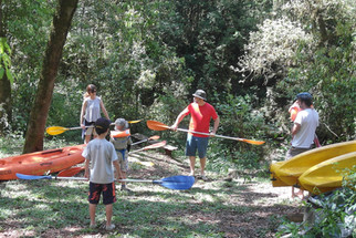 Clase de introducción al kayak