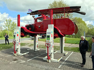 18_stertil_koni_vehcile_lift_car_automot