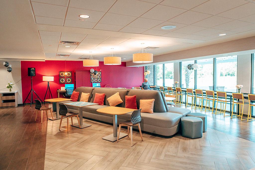 Home2 Beaufort - Lobby